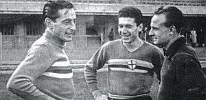 Fausto_Coppi_con_la_maglia_della_Sampdoria.jpg
